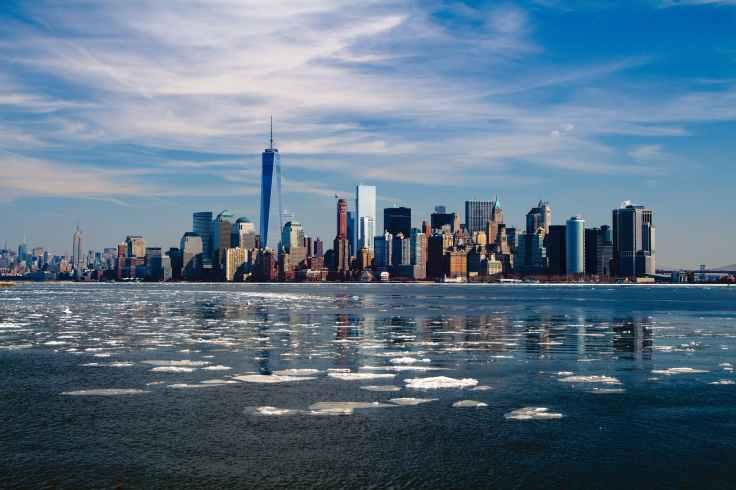 city skyline new york skyscrapers